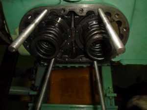 Overhauling Air Compressor inVietnam