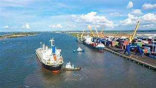 SHIP REPAIR IN CHU LAI